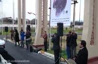 تجمع اعتراضی و پایین کشیدن پرچم آل سقوط توسط ساروی ها