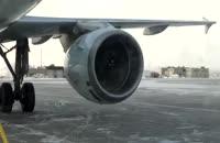 استارت هواپیمای ایرباس A320 در هوای سرد