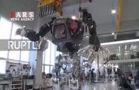 اولین قدمهای نخستین ربات سرنشیندار جهان